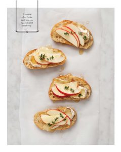apple-brie-and-thyme-crostini
